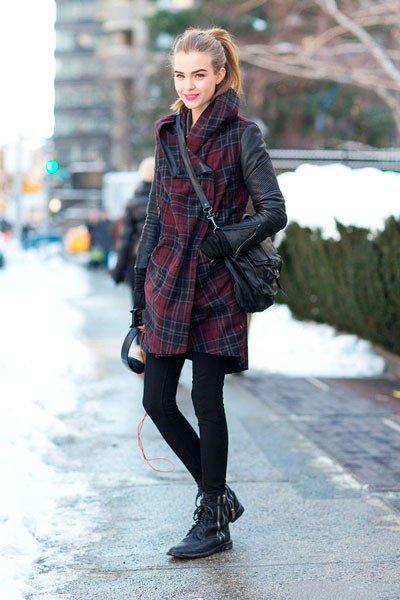 Josephine Skriver в пальто от AllSaints
