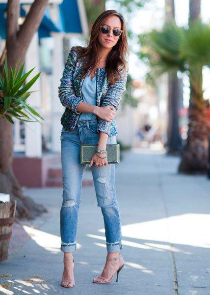 Как одеваться после 30. 7 актуальных советов. совет 4 - Не носите бесформенные, не модные джинсы