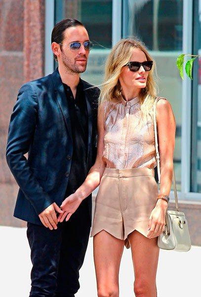 Kate Bosworth и бойфренд Michael Polish вечерком в Нью-Йорке