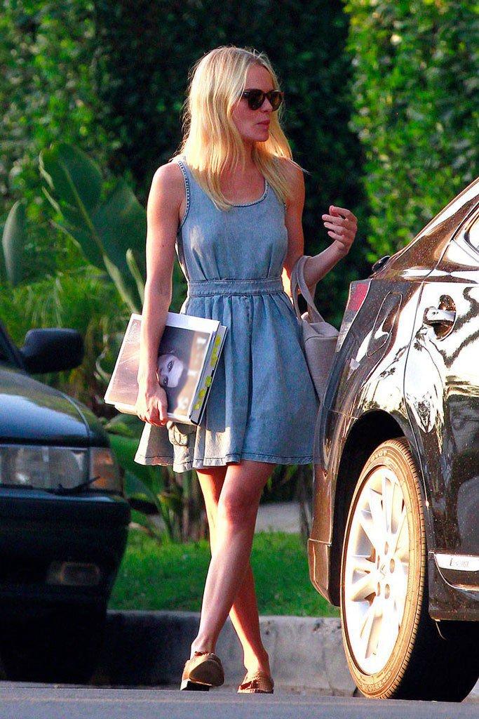 Кейт Босуорт в летнем джинсовом платье