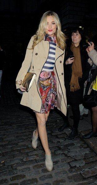 Лора Уитмор на неделе моды в Лондоне