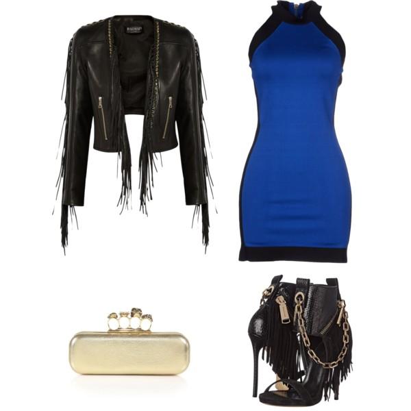 Лук с синим платьем без рукавов, кожанная куртка и босоножки
