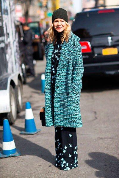 Natalie Joos, красивое, бирюзовое пальто и штаны до пола
