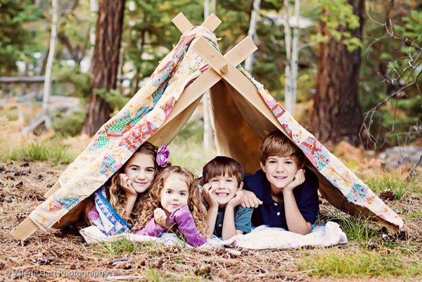 Идеи семейного фото. Валери Харт - дети в палатке