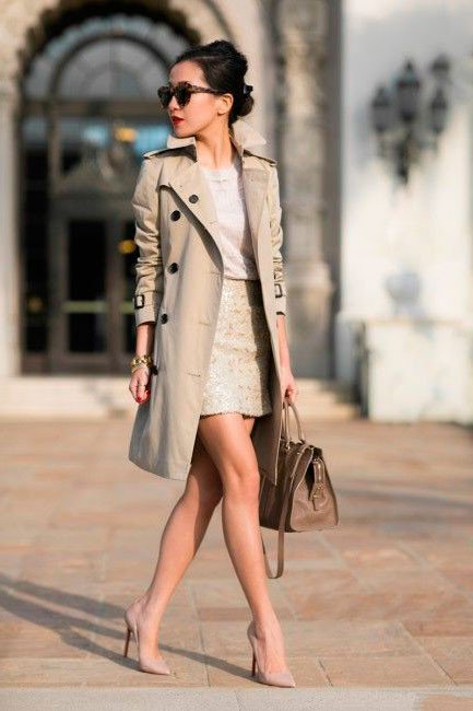 Туфли на каблуке и короткая юбка, просто не забываемый образ