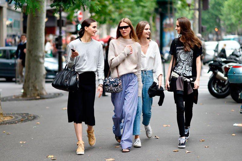 Кэролайн Браш Нильсен, Тильда Линдстам, Валеска Горжевски на неделе моды в Париже весна/лето 2015
