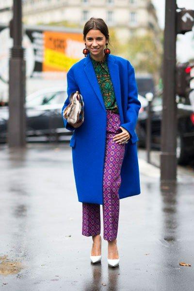 Как одеваются француженки - Добавьте шелковую блузу