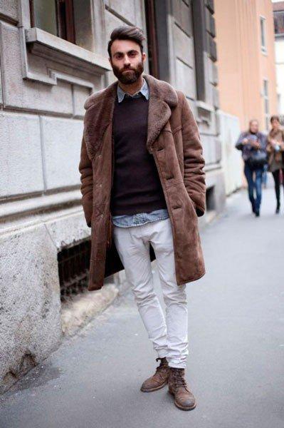 Парень в одежде от Iceberg. Неделя моды в Милане осень/зима 2015