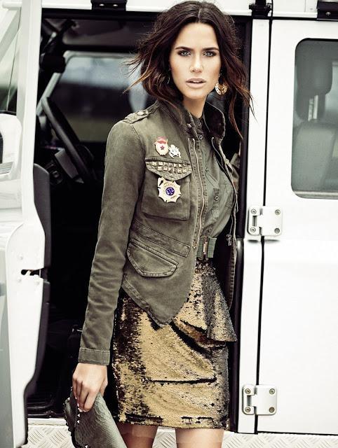 Rhayene Polster в юбке, топе и куртке в стиле милитари