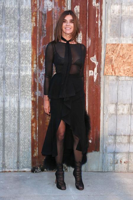 Фото в прозрачной одежде в сеточку фото 284-273