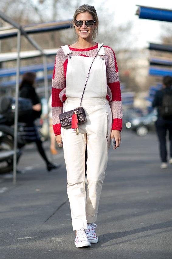 Белый комбинезон и кеды отличный вариант для прогулки!