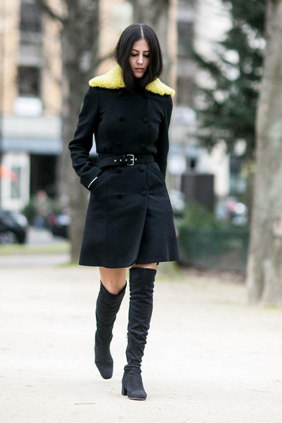 Ботфорты и черное пальто