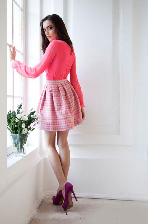 Фото девушек в розовых мини юбках фото 327-390