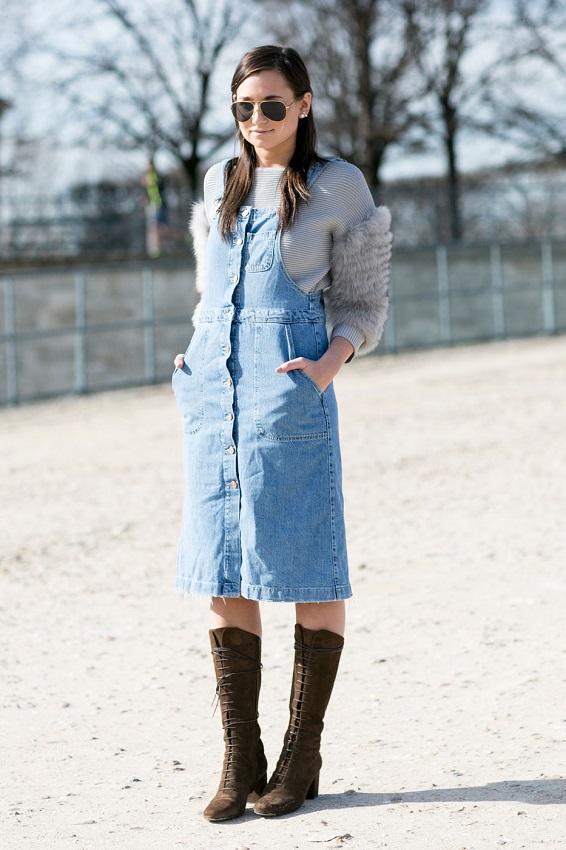 Джинсовый комбинезон-юбка и самоги со шнуровкой