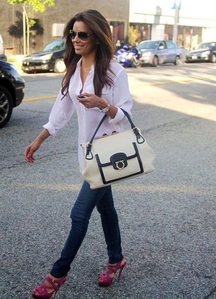 Ева Лонгория в белой блузке