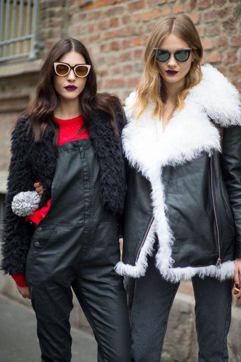 Миланские модницы не забывают, что очки в необычной оправе могут преобразить лук