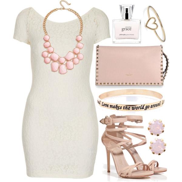 Белое платье и розовые аксессуары