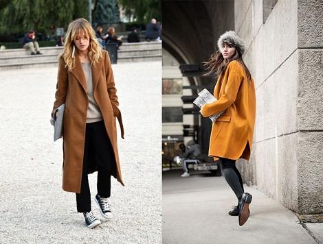 Девушки в двух разных по длине и цвету пальто оверсайз
