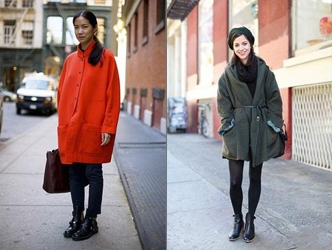 Девушки в двух разных разновидностях пальто оверсайз по цвету и фасону