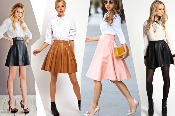 Девушки в коротких юбках и белых блузках