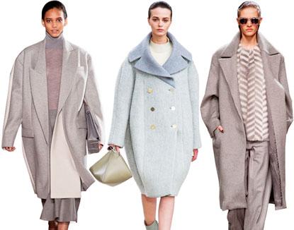 Девушки в пальто оверсайз светлых оттенков