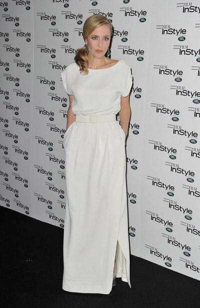 Джиллиан Андерсон в роскошном белом платье