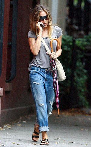 Сара-Джессика Паркер в джинсах оверсайз