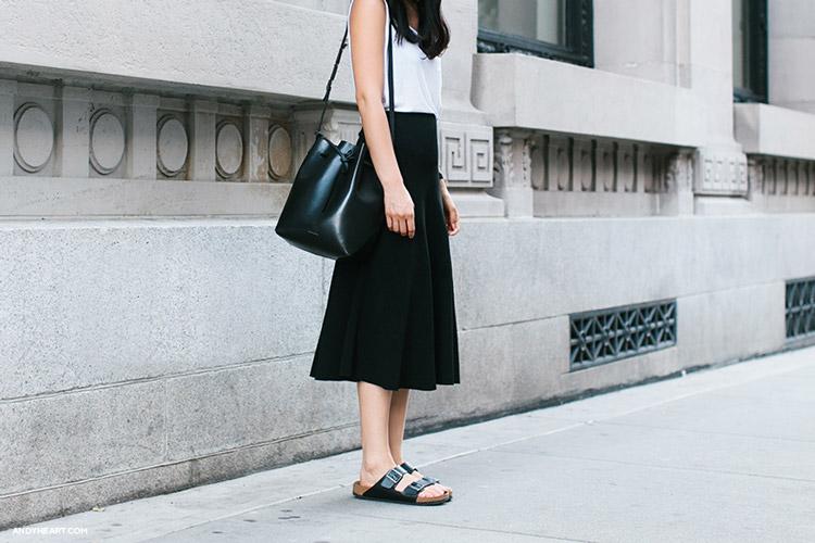 биркенштоки и длинная юбка