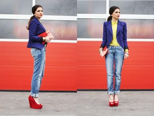 Девушка в туфлях на платформе и джинсах