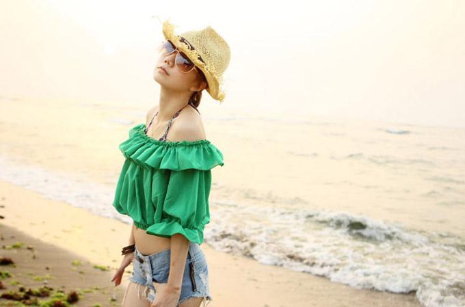 Девушка в зеленой блузке
