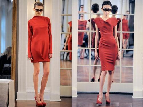 Девушки в телесных колготках и красных туфлях