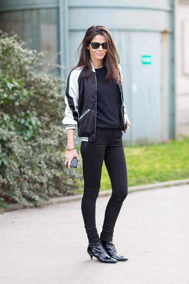 Телка в черных джинсах фото 89-679