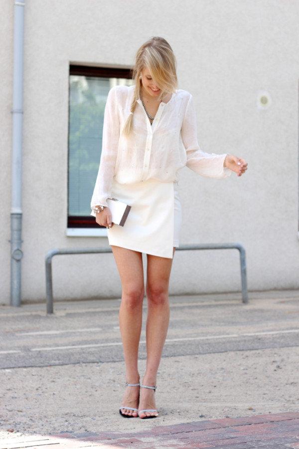 Девушки в белых юпках фото фото 515-436