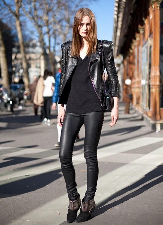 фото женщины в самых обтягивающих брюках на улицах
