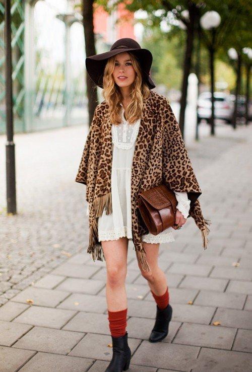 Девушка с леопардовым палантином