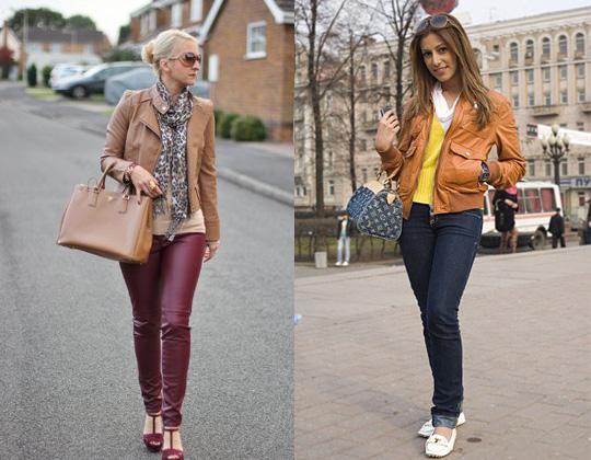 Девушки в коричневых, кожаных куртках