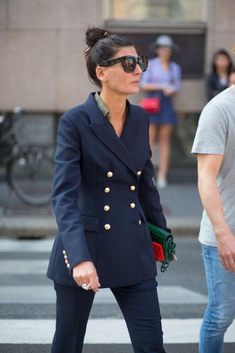 Giovanna Battaglia в ультрастильном брючном костюме