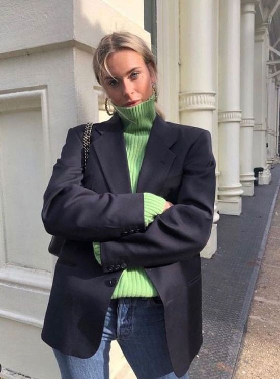 С чем носить женский синий жакет в 2020 году