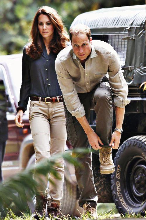 Кейт Миддлтон и принц Уильям одетые в стиле сафари