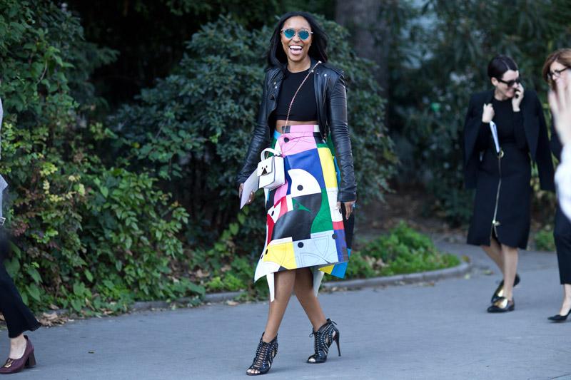 Подобные босоножки мы встречали на улицах и других модных городов мира