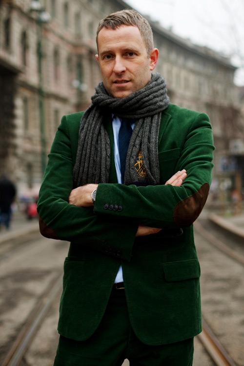 пиджак-классическая-рубашка-классические-брюки-галстук-шарф-large-4215