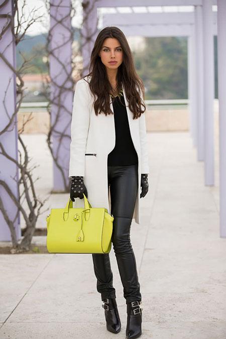 Девушка с лимонной сумкой