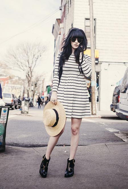 Девушка с соломенной шляпой