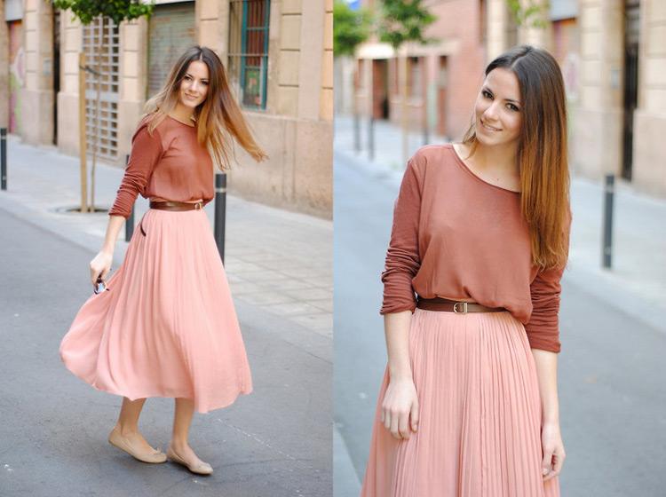 Девушка в персиковой юбке