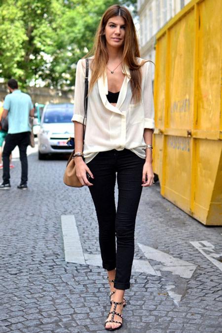 Девушка в белой рубашке и топе