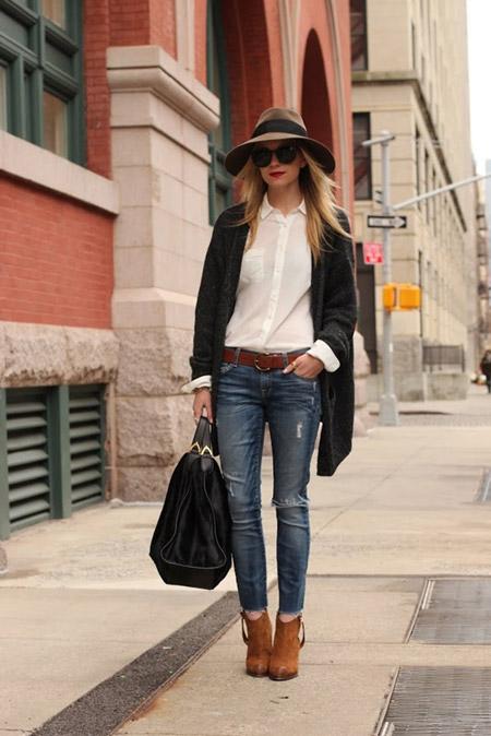 Девушка в шляпе и черном кардигане