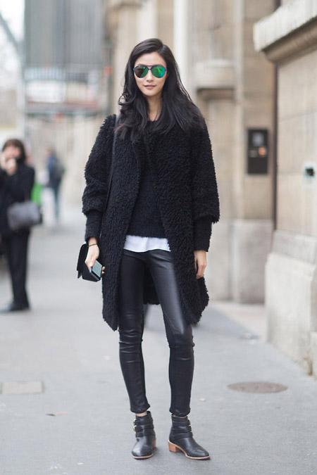Девушка в теплом пальто