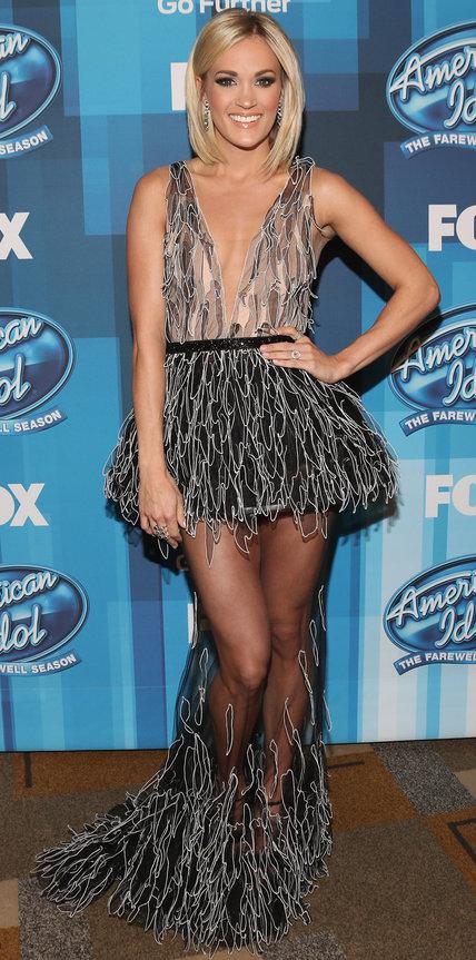 Кэрри Андервуд в необычном полупрозрачном платье