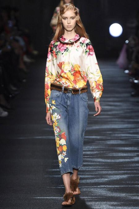 Blumarine - модные тенденции в блузках, осень/зима 2016-2017
