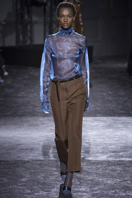 Nina Ricci - модные тенденции в блузках, осень/зима 2016-2017